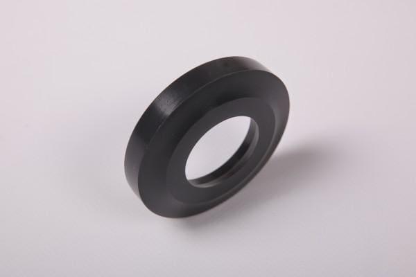 pierścień ztworzywa